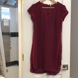 Flowy short sleeve dress